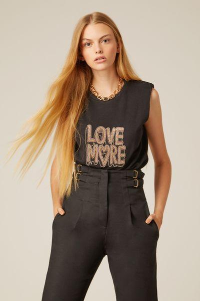 T-shirt-Love-More
