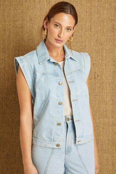 Colete-Jeans-Recortes-