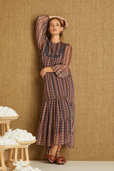 Vestido-Longuete-Tapecaria